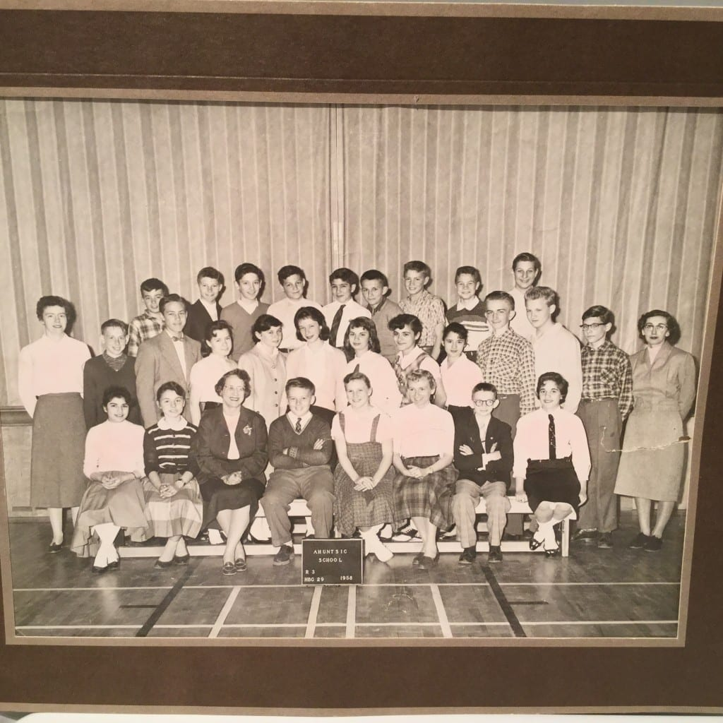 Grade 7 Elementary class at Ahuntsic Elementary School, 1958. Photo source: Noreen McMillan
