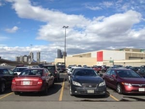 The mall was packed with cars. Jaan Pill photo