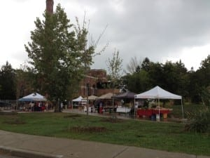 I visited the Sam Smith Farmer's Market just before the 1:00 pm closing time on Saturday, Sept. 17, 2016. It's open through the summer and the fall each year. It's at Colonel Samuel Smith Park.