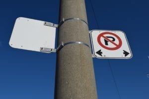 Image 5: No Parking sign at Dead Man's Curve. Jaan Pill photo